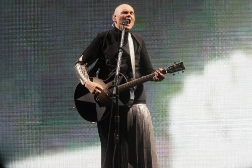 Watch Billy Corgan play songs he hasn't performed live in decades
