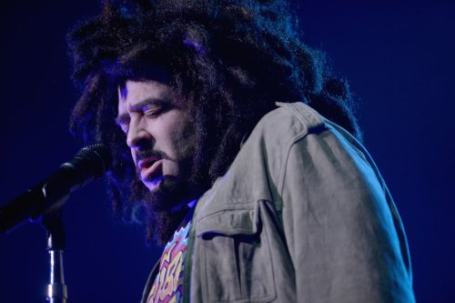 Adam Duritz Joins Tinder, Tells Fans He Joined Tinder