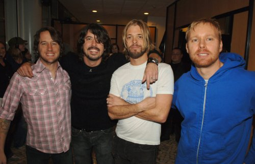 The Secret Side of Dave Grohl: Our 2005 Foo Fighters Cover Story   SPIN
