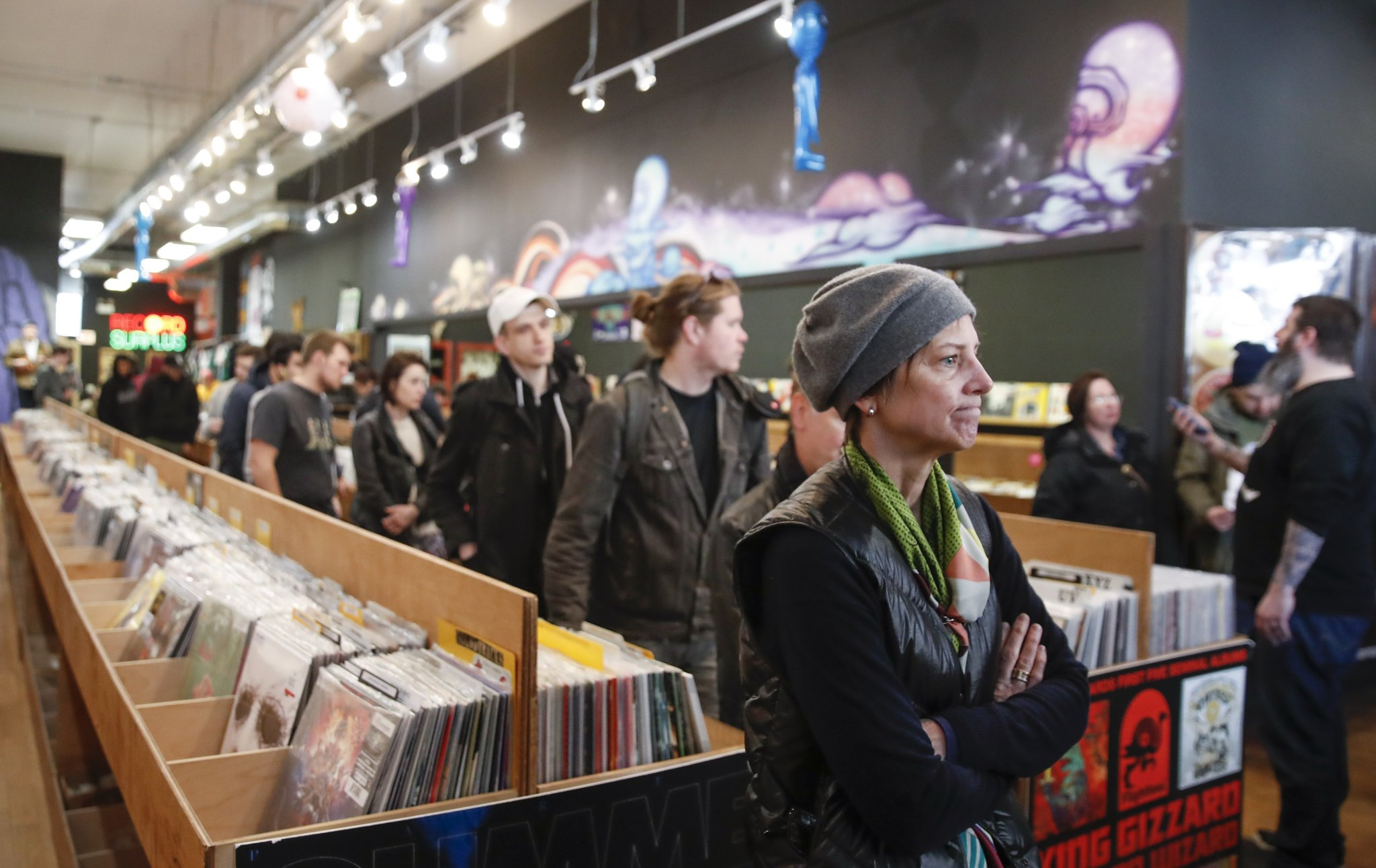 Vinyl Outsells CDs for the First Time in 35 Years