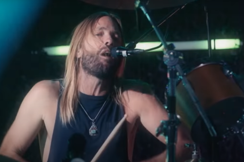 Foo Fighters Cover Andy Gibb's Shadow Dancing'