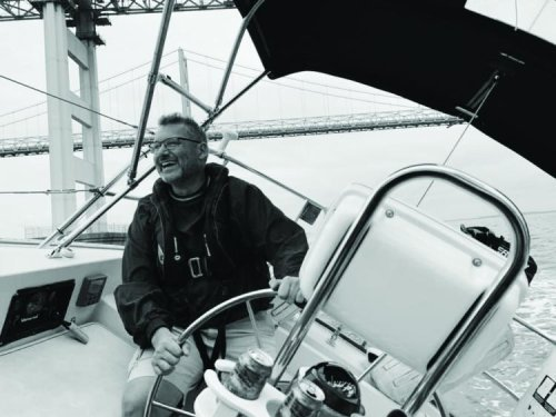 Paralyzed Sailor Does Not Give Up His Sailing and Traveling Dreams