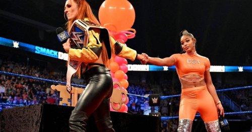 Becky Lynch zerstört bei WWE SmackDown Bianca Belairs Party