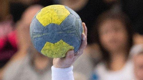 Erst nervös, dann glorreich: Neudorf/Döbelns Handballer gewinnen gegen SG LVB II