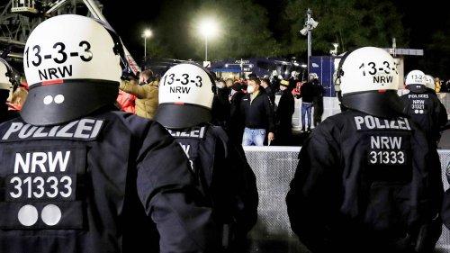 Nach Großeinsatz auf Schalke gegen Dynamo Dresden: Polizeizieht positive Bilanz