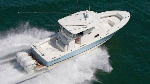 Regulator 37 Boat Review