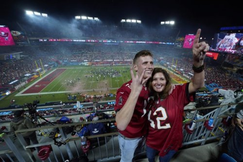 Bucs Fans Gobble Up Gear, Setting Record for Super Bowl Stadium Spend