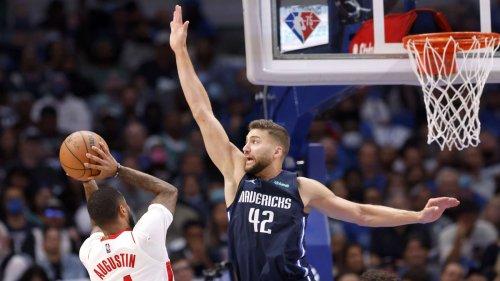 NBA: Dallas Mavericks mit Maxi Kleber gewinnen gegen die Houston Rockets mit Daniel Theis