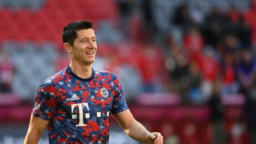 """Bayern-Stürmer Lewandowski erhält """"Goldenen Schuh"""""""