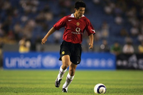 5 players who did not deserve to play for Manchester United