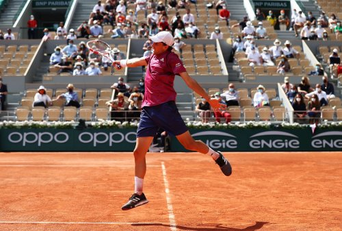 """Austrian musician-doctor Marco Pogo says Dominic Thiem shouldn't be """"stupid"""", advises him to get vaccinated at the earliest"""