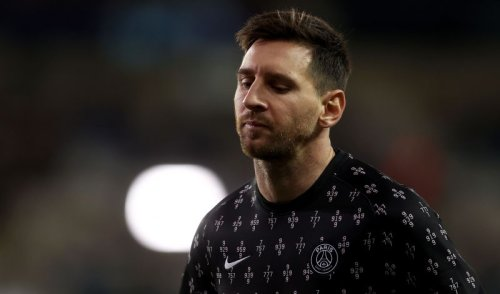 """""""He walks and no longer impacts the game"""" - French publication blasts 'withering' Lionel Messi"""