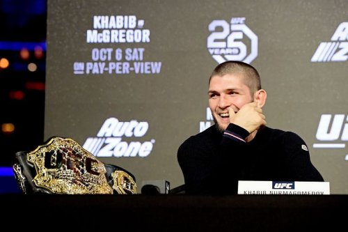 """""""Nobody can touch you bro"""" - When Khabib Nurmagomedov was seriously impressed with his teammate's rubber guard"""