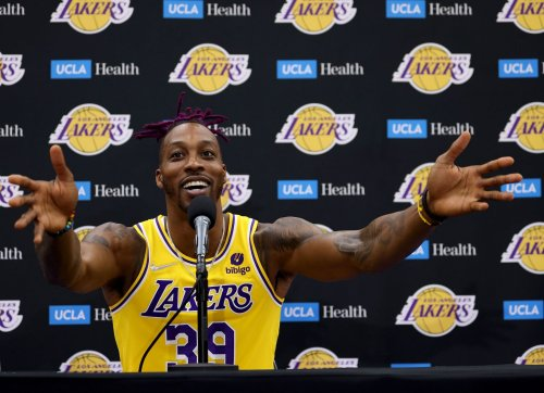 """Shannon Sharpe claims Dwight Howard should've made's NBA's Top 75 list, says he was not liked because """"he joked around a lot"""""""