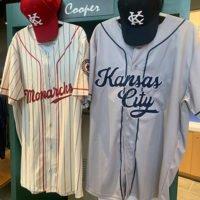 Kansas City Monarchs unveil new generation of uniforms