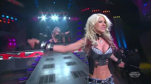 Angelina Love Points Out The Mistakes Of Dixie Carter