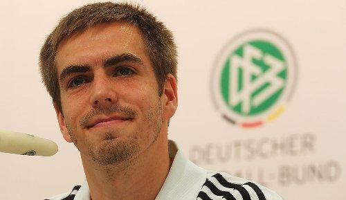EM 2020 in München - Philipp Lahm: Planen mit bis zu 50 Prozent Zuschauern