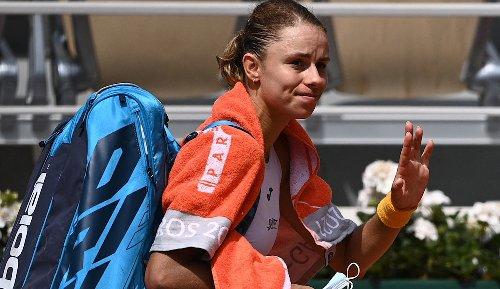 French Open: Nummer eins Ashleigh Barty gibt verletzt auf