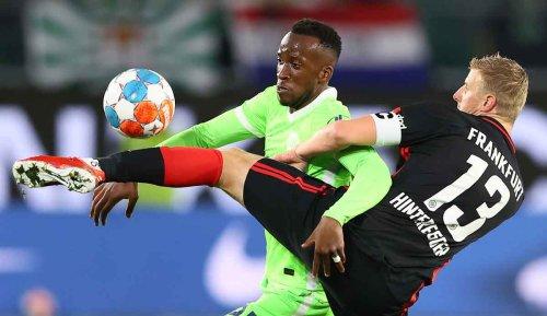 VfL Wolfsburg - Eintracht Frankfurt 1:1: Ex-Coach Glasner stürzt mit Frankfurt Tabellenführer Wolfsburg