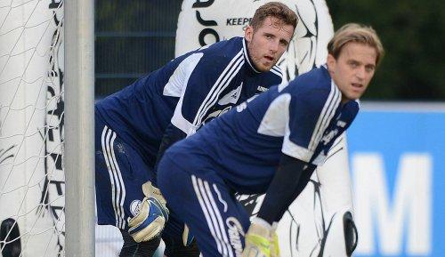 Schalke 04 - News und Gerüchte: Fraisl ersetzt Fährmann - Langer schwer verletzt