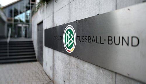Hansa Rostock: DFB-Kontrollausschuss ermittelt wegen pietätlosem Banner