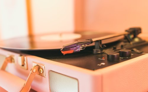 Off the Record: How to Clean Your Vinyls and Record Players