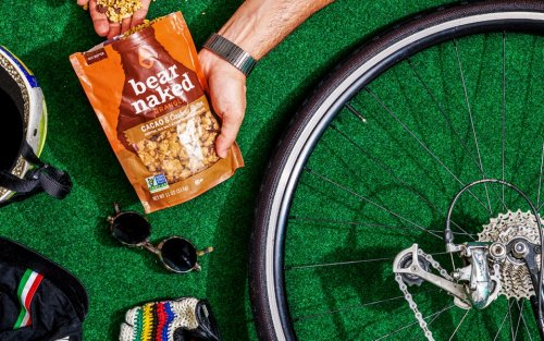 The Best Granola Brands To Bring On Your Next Hike
