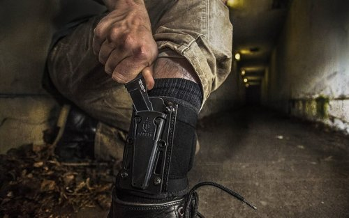 A Boot Knife Is the Everyday Carry You Don't Actually Have to Carry