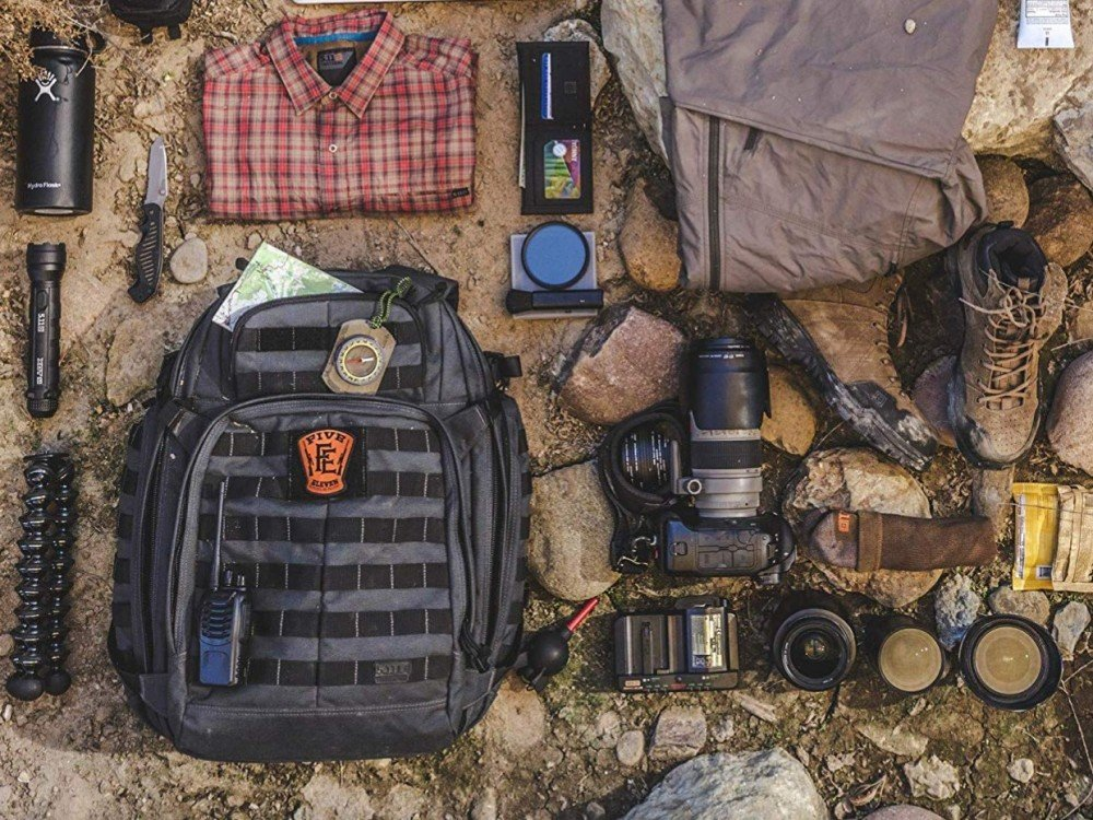 SPY'S ULTIMATE SURVIVAL And Tactical GEAR LIST