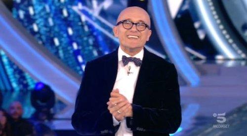 """Grande Fratello VIP 6, Alfonso Signorini svela il primo concorrente della nuova edizione: """"È la sorella di…"""""""