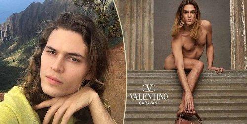 """Valentino elogia la fluidità gender con un uomo nudo che fa scandalo: """"Il male è negli occhi di chi guarda"""""""