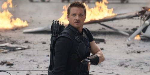 Hawkeye Set Photo: First Look At Jeremy Renner's Comics-Accurate Costume