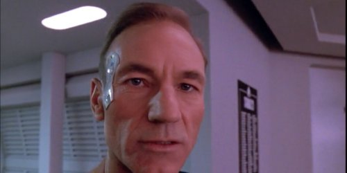 The Only Star Trek: TNG Episode Where Patrick Stewart's Picard Has Hair