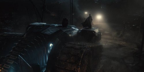 Dark Knight Returns Batmobile Revealed in Justice League Teaser Trailer