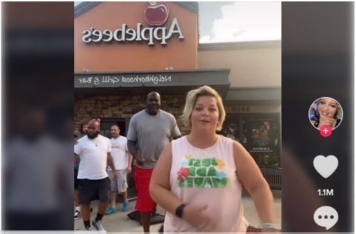 Shaquille O'Neal Jams Alongside Surprised Woman In TikTok Video While Leaving Applebee's