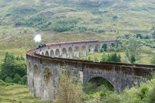 How to See the Real-Life Harry Potter Train - Pink Caddy Travelogue