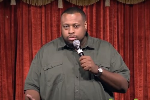 Comedian Ricarlo Flanagan Dies From Covid-19 After Implying Kyrie Irving Should Get The Vaccine