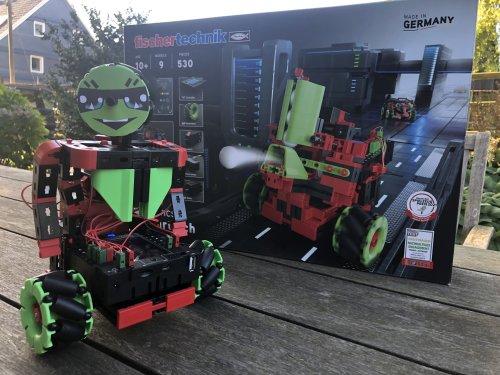 Tüfteln ab 10: Der ROBOTICS Smarttech Baukasten von fischertechnik