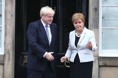 Sturgeon invites Johnson to meet her in Edinburgh to discuss Covid recovery