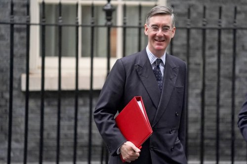 Testing shows I am not spewing Covid into the Commons, says maskless Rees-Mogg