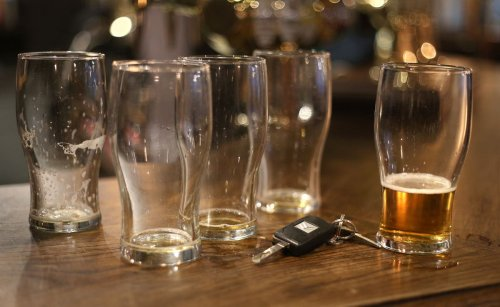 Tory MPs put pressure on Sunak to cut beer duty for pubs