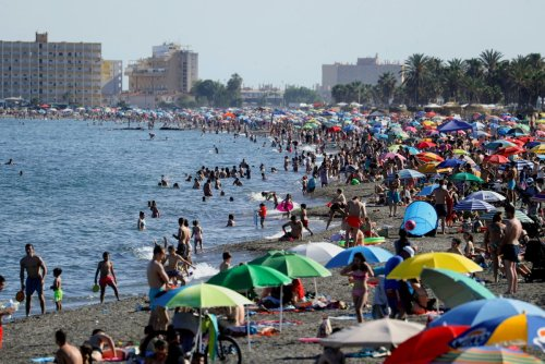 What are the rules for Brits travelling to Spain?