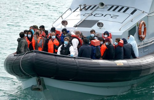 Number of English Channel crossings more than doubles 2020 record
