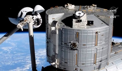 SpaceX's Dragon capsule successfully docks at International Space Station