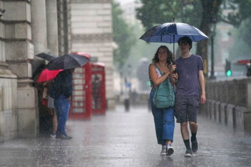 London floods: Specialist warns of real risk to life