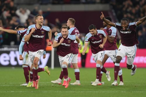 West Ham vs Man City: Moyes' side continue surge with shoot-out win