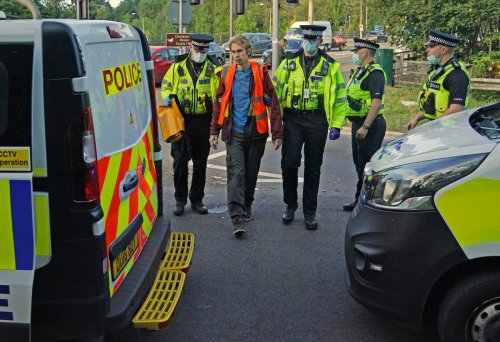 M25 protests 'adding nothing' to efforts to tackle climate change, says minister