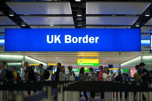 E-gate IT glitch causes delays across UK airports