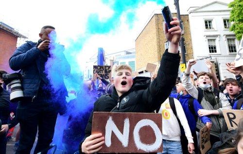 Johnson threatens 'legislative bomb' to block proposed European Super League