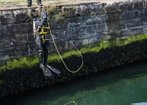 Police divers search river ahead of Cop26